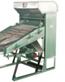 Step Type Stalk Picker Machine
